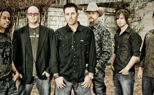 casey-donahew-band
